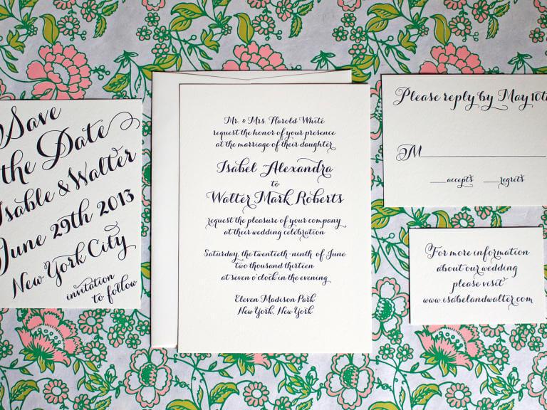 caligrafía y escritura a mano en tu invitación de boda