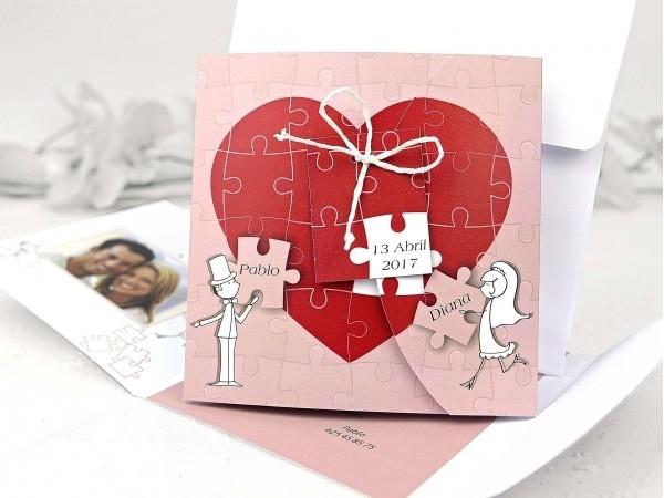 Invitación corazón montado en puzzle