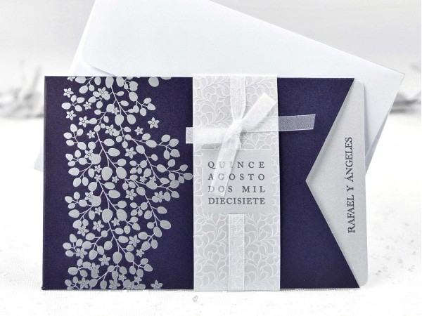 Invitación detalles florales