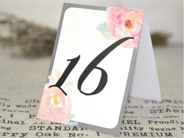 Número de mesa a juego con la invitación 32627