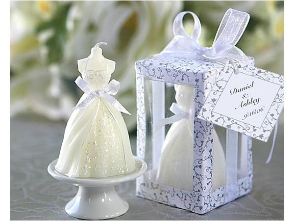 Detalle de boda vela vestido novia