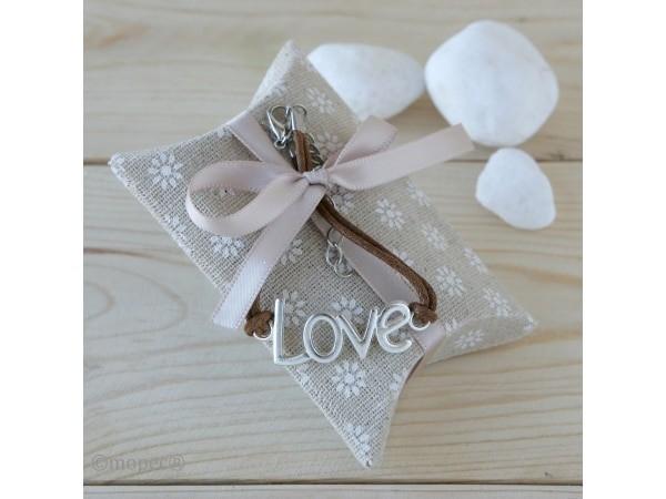 Estuche con pulsera letras LOVE + 4 caramelos