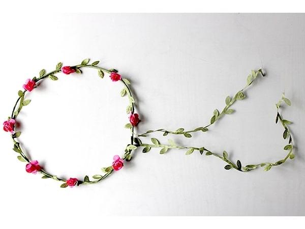 Detalle de boda diadema flores