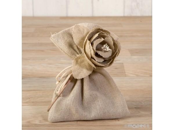 Flor de algodón beige con 3 bombones
