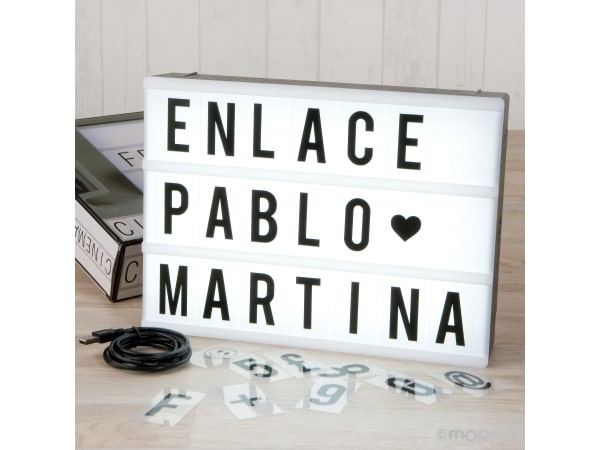 Letrero retro-luz tamaño A4, 90 letras combinables