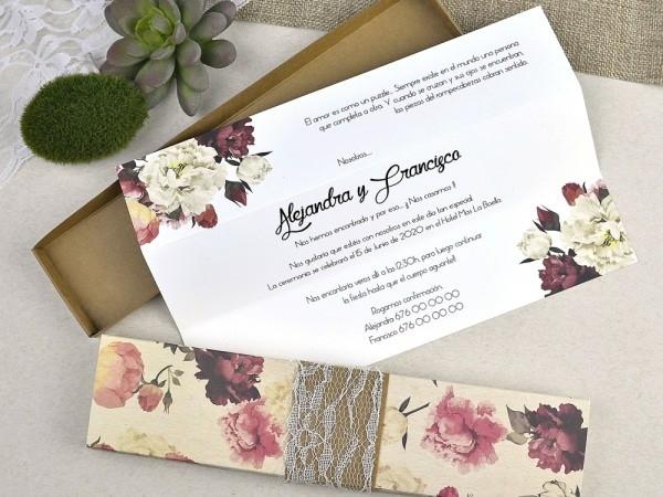 Invitación de boda caja floreada