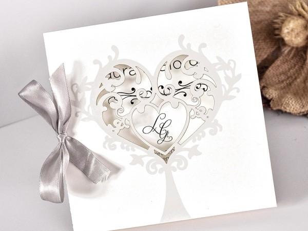 Invitación de boda con forma de árbol LOVE