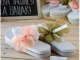 Detalle de boda flip flop blancas lazo salmón/verde TALLA L
